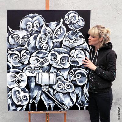 Stine Hvid Owl selfie acrylic painting