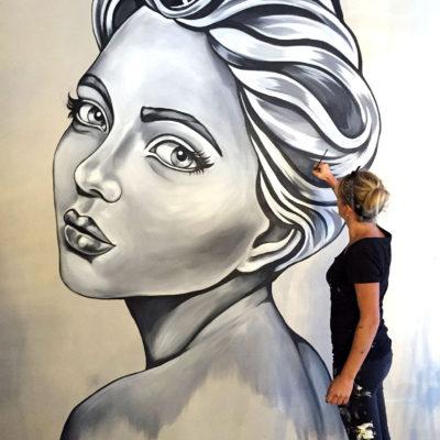 stine hvid mural girl street art