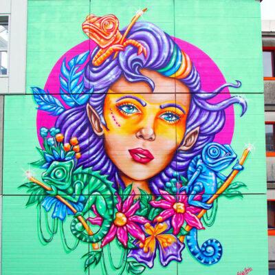 stine-hvid-Brøndby-mural-streetart-graffiti-wall